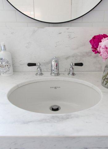 Bathroom | In Residence