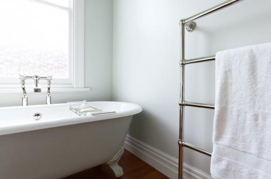 Croydon St - Bathroom