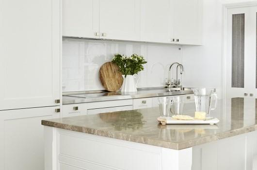 Victoria Street - Kitchen & Hardware