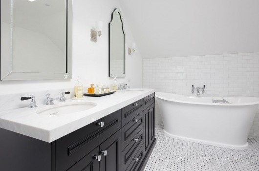 Stanley Point Home - Bathroom & Laundry