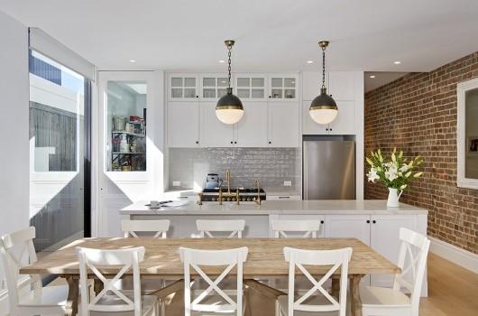 Clovelly Home - Kitchen