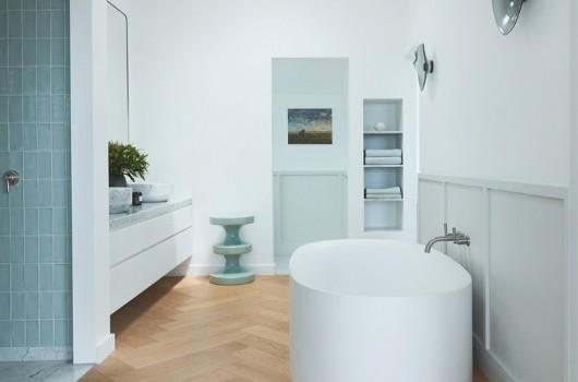 AXIS HOUSE - BATHROOM