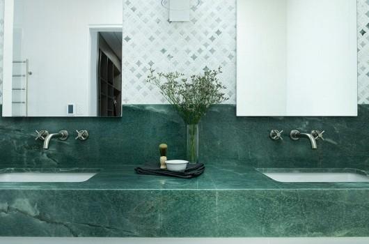 BRONTE HOME - MASTER BATHROOM