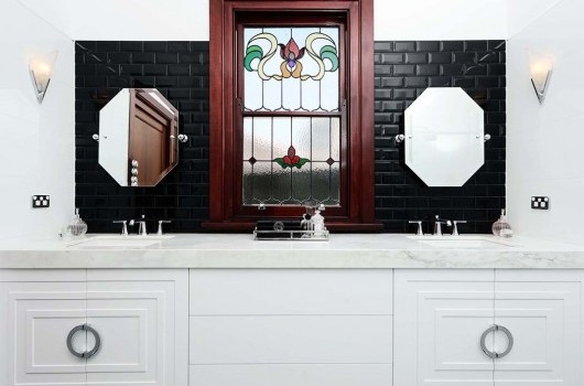 Clive St Residence - Bathroom