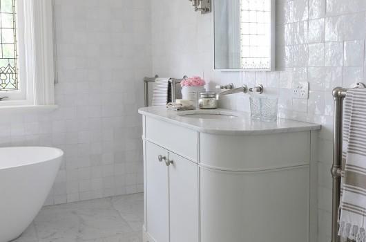 Darling Point Cottage – Daughter's Bathroom