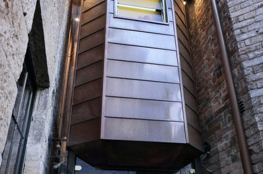Dawes Point Residence - Suspended Bathroom