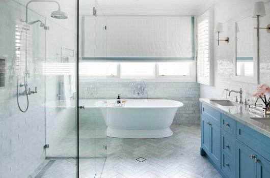 BRONTE HOUSE – MASTER BATHROOM