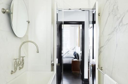 Darlinghurst Apartment - Bathroom