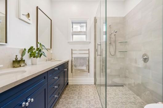 TAYLORS RD HOME - BATHROOM
