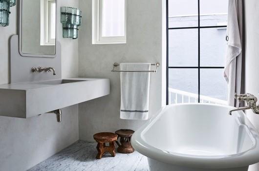 Tamarama House - Bathroom
