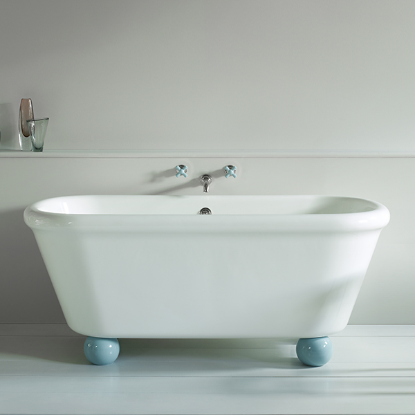WM-ROCKWELL-BATH-WH-WITH-ROCKWELL-FEET-BL