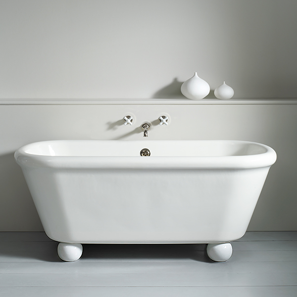 WM-ROCKWELL-BATH-WH-WITH-ROCKWELL-FEET-WH